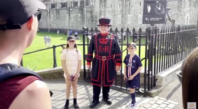 Views: Tower Of London 'Beefeater' Tours Resume