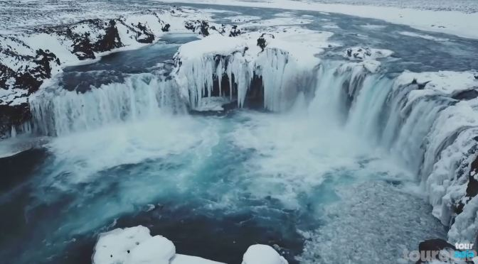 Travel Views: The Top 25  Natural Wonders (Video)