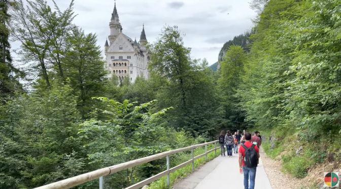 Walks: Neuschwanstein Castle, Füssen, Germany