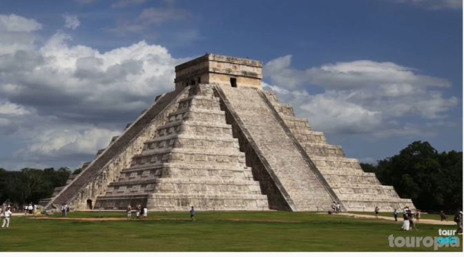Travel Tour: Top 10 Mayan Ruins In Central America