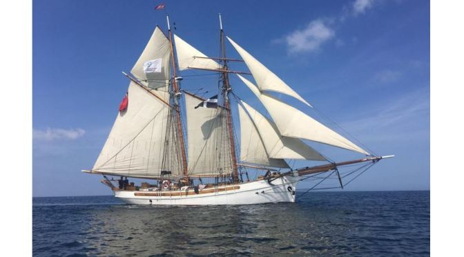 Cornwall UK Views:  The 'ANNY OF CHARLESTOWN', A 1930 Topsail Schooner