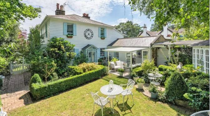 English Cottages: 'Micro-Hamlet' Of Dulwich, UK