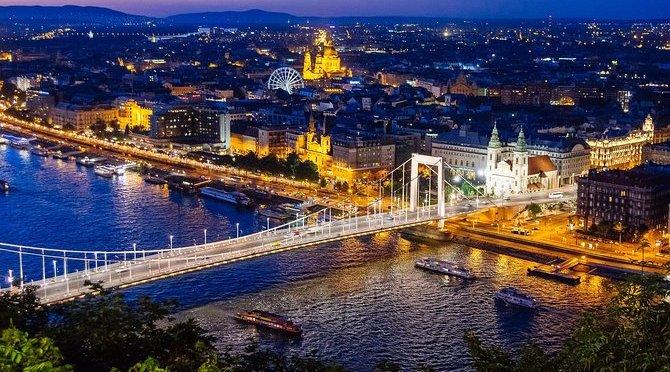 Night Walks: Budapest – Northern Hungary (4K)