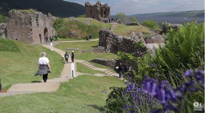 Tours: Urquhart Castle On Loch Ness, Scotland