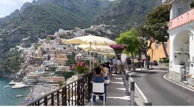 Walks: Positano On The Amalfi Coast In Italy (4K)