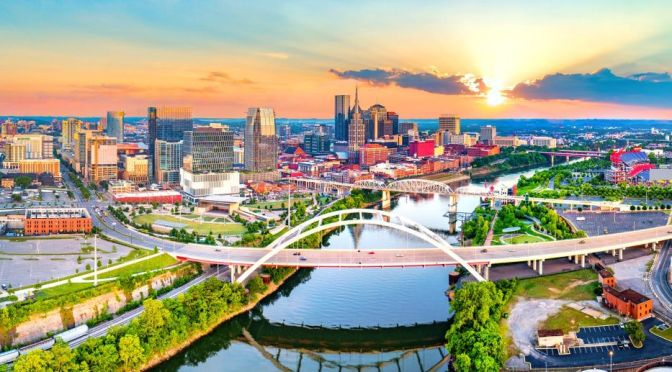 Guided Tour Travel: Nashville, Tennessee