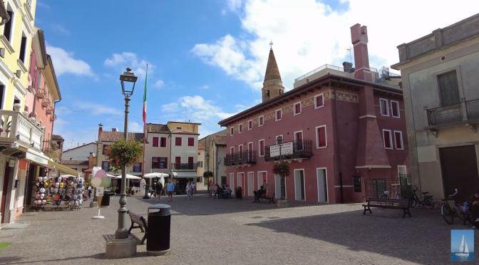 Walking Tours: Caorle In Northeastern Italy (4K)